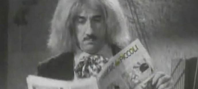 Peppino de Filippo legge il Corriere dei Piccoli