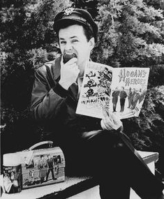 Col. Hogan reads Hogan's Heroes comic book